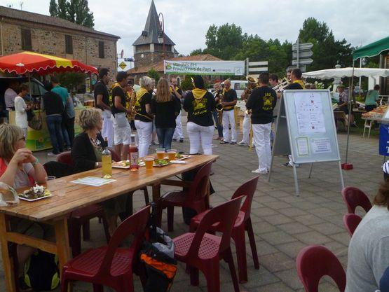 Marché de producteur de pays à Pontenx-Les-Forges proche Mimizan