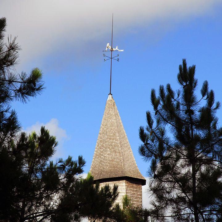 Le clocher porche classé au patrimoine mondial de l'Unesco à Mimizan
