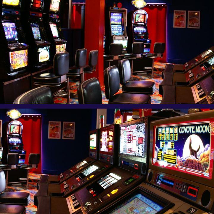 jouer aux machines à sous au casino à Mimizan