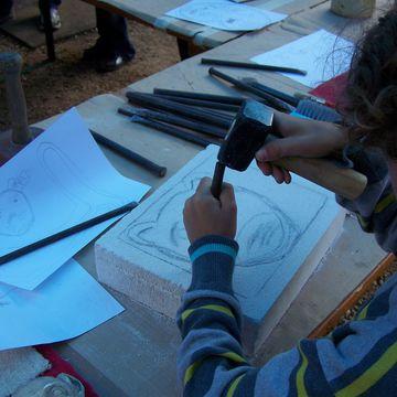DECOUVERTE DE LA SCULTURE SUR PIERRE à MIMIZAN