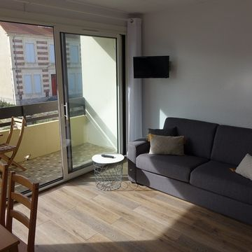 Renting Charrier Anne Appartement persons 4 in MIMIZAN PLAGE