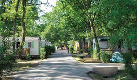 Camping Eurolac 4 Sterne in AUREILHAN