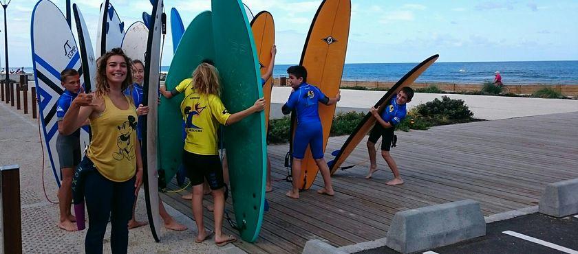 Ecole de surf de la Garluche à MIMIZAN PLAGE (40)