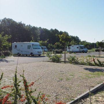 Aire de stationnement de camping-cars des Hournails  en MIMIZAN PLAGE
