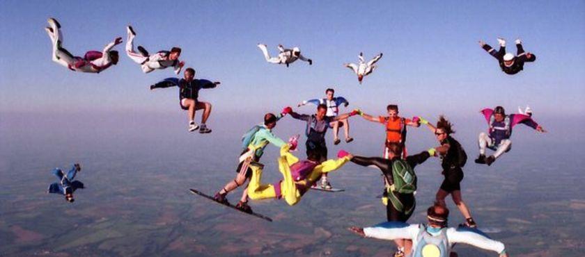 OJB Parachutisme SARL à MIMIZAN (40)