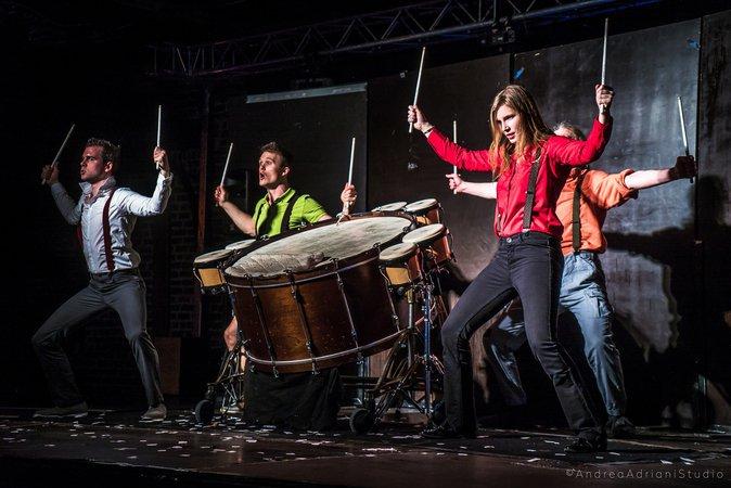 """Cie Akropercu """"A Happy Rhythm Comedy"""""""