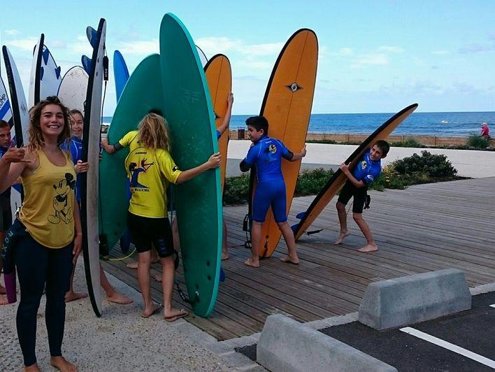 Activité enfants et ados : Initiation au surf  La Garluche