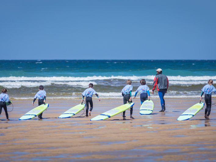 """Activité enfants : Initiation au surf ou au bodyboard """"Mimizan Surf Academy"""""""